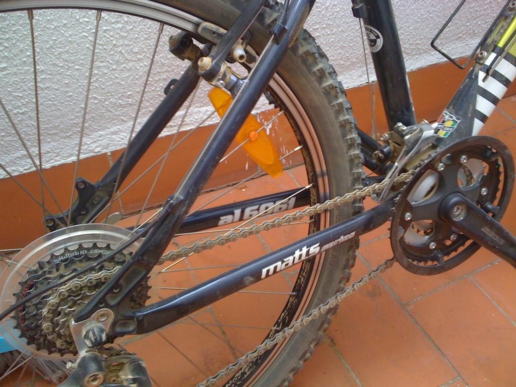 Cómo limpiar la bicicleta – David Lampón Diestre